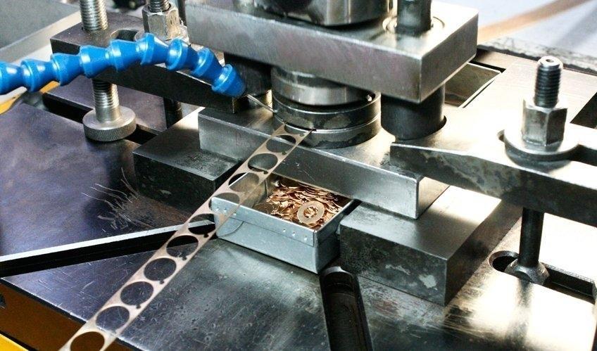 Развитие автоматизации холодной штамповки листового металла