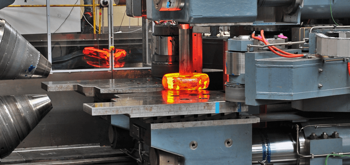 Горячая объемная штамповка металла: суть и преимущества технологии
