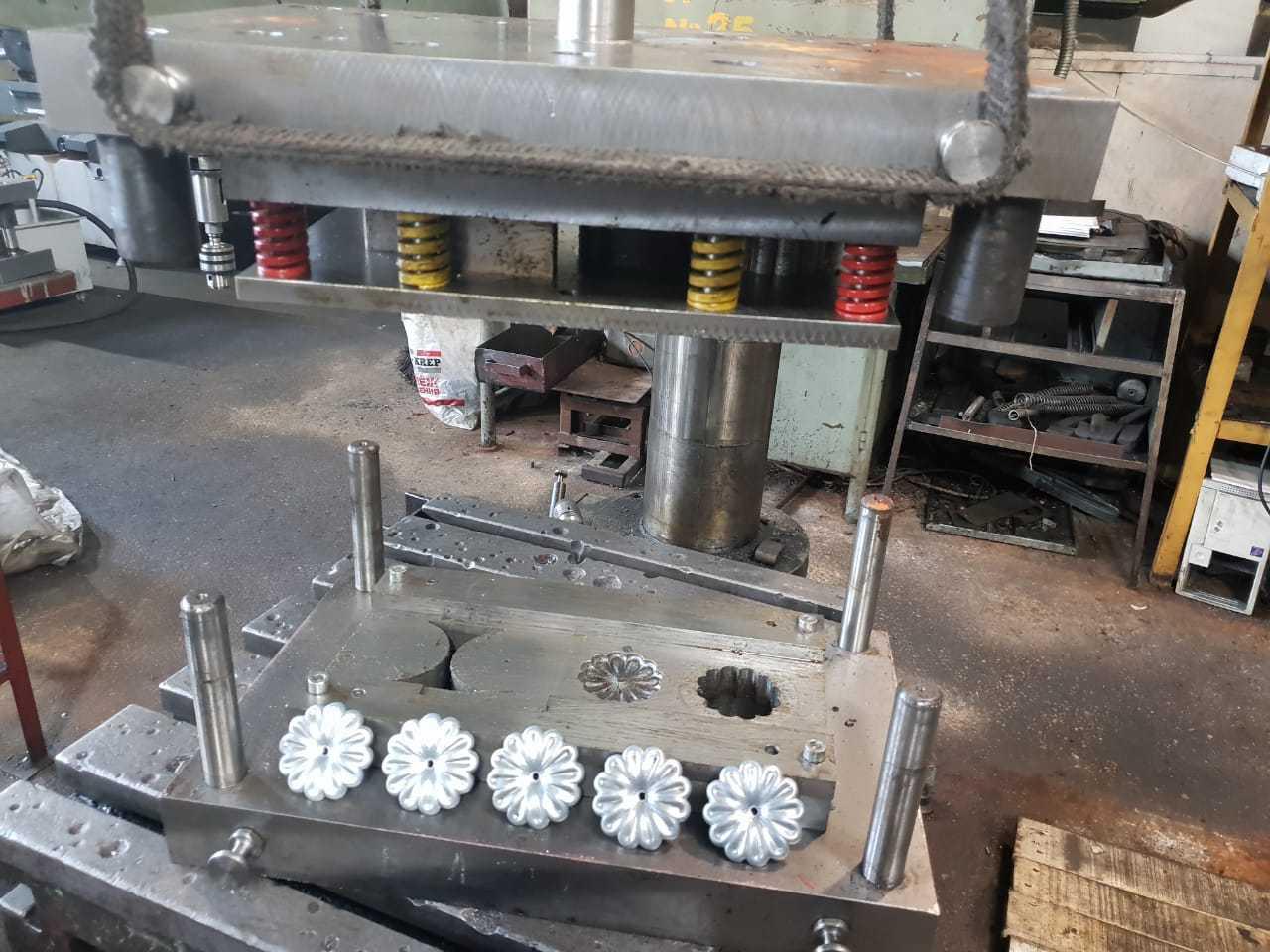 Нержавеющая сталь: штамповка и вытяжка