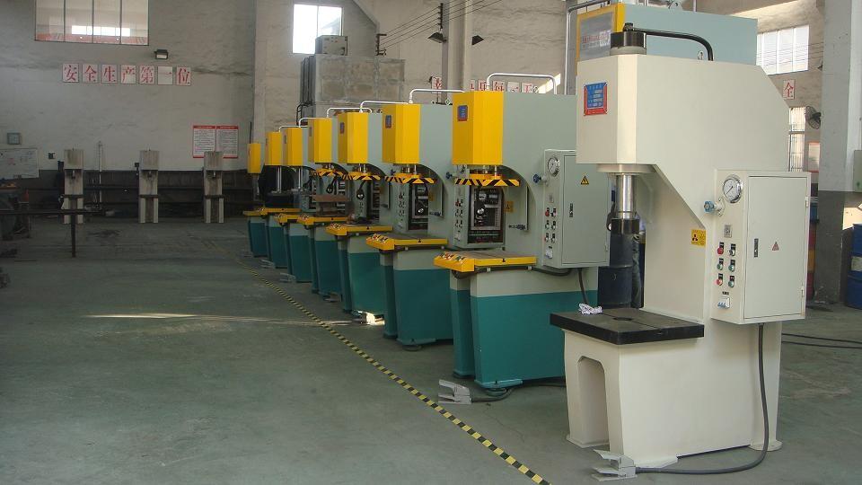 Типы штамповочных прессов и специальное оборудование для ковки